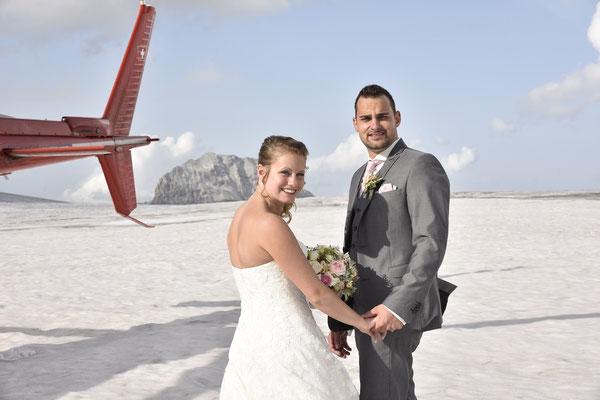 Elite Flights, HB-ZPF, AS350 B2 Ecureuil, Hochzeitsflug, Gletscherlandung