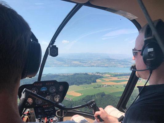 Elite Flights, Robinson R44, HB-ZMM, Schnupperflug, selbst Helikopterpilot sein, selbst Helikopter fliegen, selber Helikopter fliegen