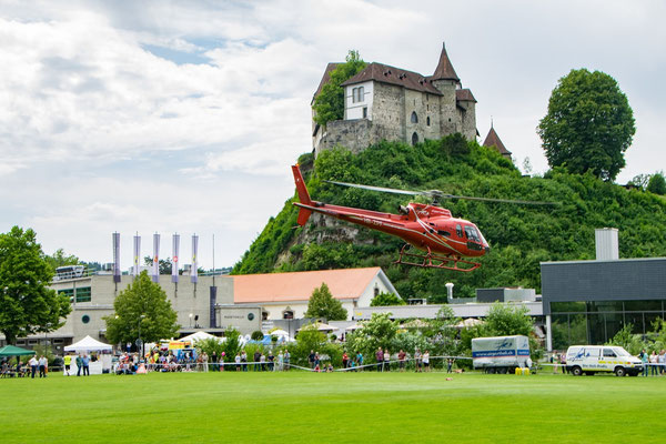 Elite Flights, HB-ZPF, AS350 B2 Ecureuil, Rundflugtage Burgdorf, BUGA 2018, Schloss Burgdorf