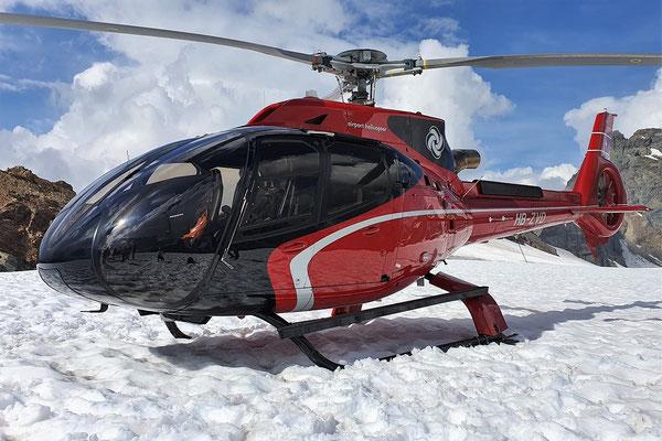 Elite Flights, HB-ZVD, EC 130 T2, Helikopterflug, Alpenrundflug mit Gletscherlandung,  Gletscherflug, Petersgrat