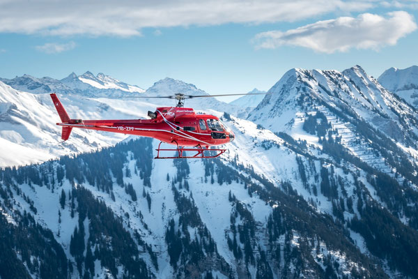 Elite Flights, HB-ZPF, AS 350 B2 Ecureuil Helikopterflug, Alpenflug mit Gletscherlandung, Firmenausflug, Firmenausflüge