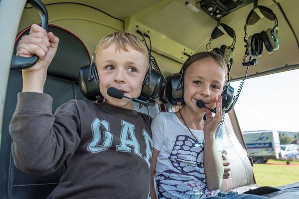 Elite Flights,  Rundflugtage wyga 2017, Wynau, Happy Kids