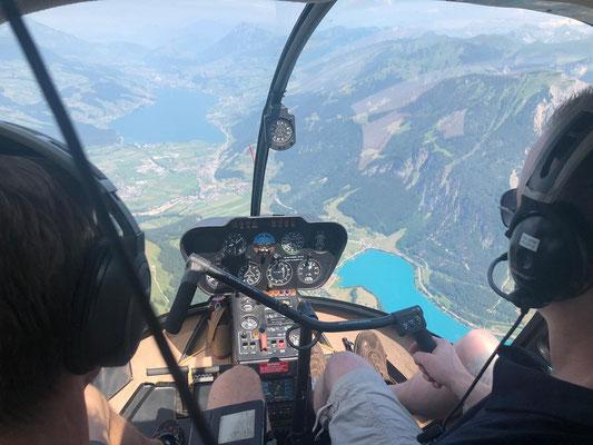 Elite Flights, HB-ZMM, Robinson R44, Schnupperflug, Helikopterflug,  selbst Helikopter fliegen, selber Helikopter fliegen