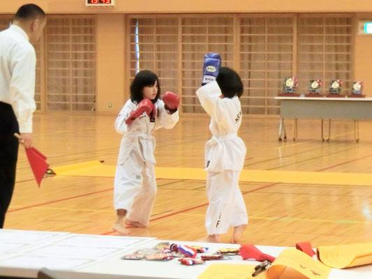 第8回 首都圏テコンドー選手権大会 肩タッチ2