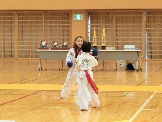 第8回 首都圏テコンドー選手権大会 肩タッチ