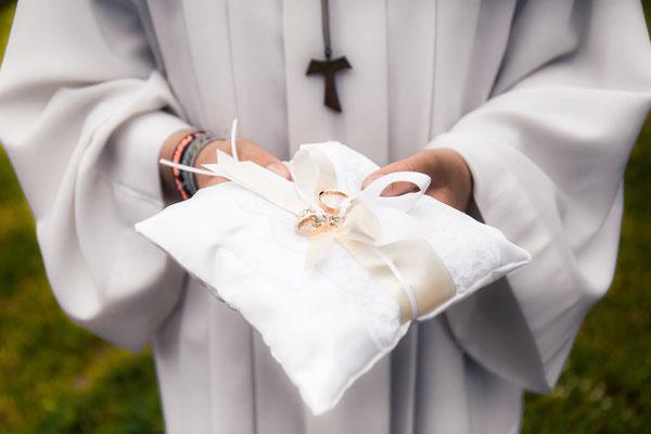 Perfekte Hochzeitsfotografie by Simon Knösel. Der Hochzeitsfotograf aus Hannover. Beeindruckende Hochzeitsfotos von eurer Hochzeit.