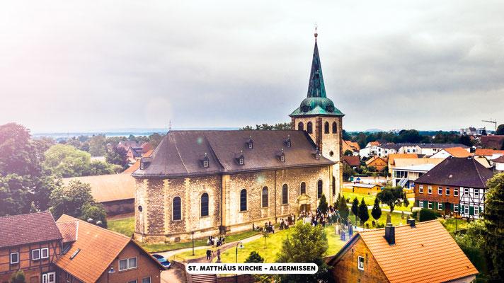 Luftaufnahmen Drone - Hochzeitsfotografie by Simon Knösel. Der Hochzeitsfotograf aus Hannover. Beeindruckende Hochzeitsfotos von eurer Hochzeit.