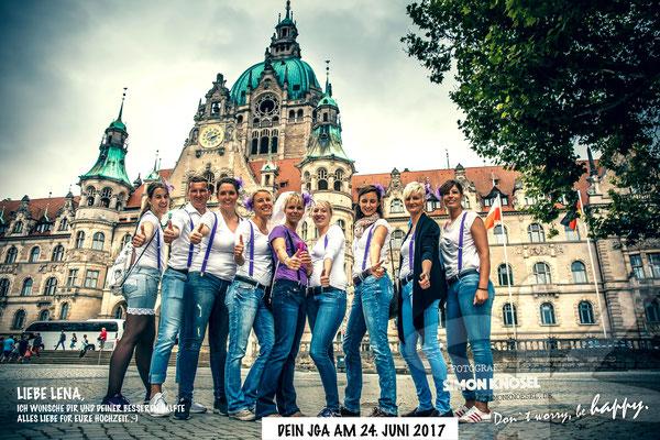 Junggesellinnenabschied Gruppenfotos Hannover Geschenk Simon Knösel