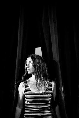 Laura Pizarro, actress. YA Magazine