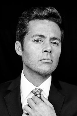 Humberto Sichel, journalist. SKY magazine