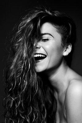 Camila Gallardo, singer. SKY magazine