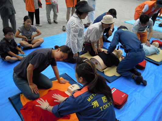 AEDの救命訓練 時間との勝負です