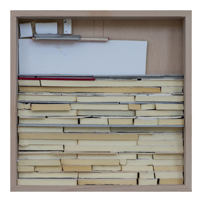 UE 310, ohne Jahr,  Collage in Holzkiste, 30 x 30cm