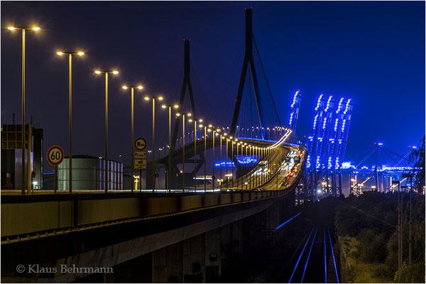 """2014 September, """"BluePort""""©Klaus Behrmann"""
