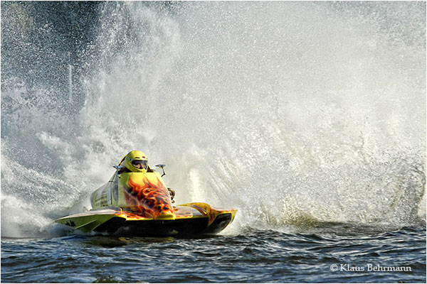 """2012 September, """"Spritzwasser""""©Klaus Behrmann"""