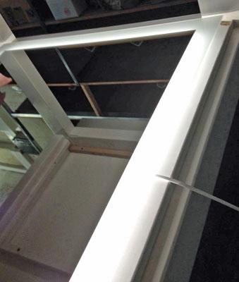Beleuchteter Spiegel (mit LED), Vorderseite