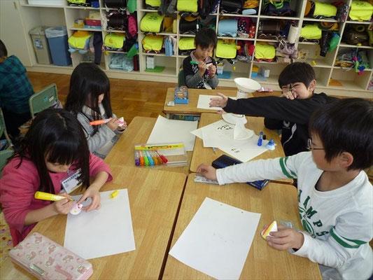 小学校では地域の文化に触れる授業として活用されました