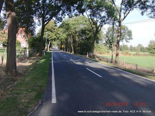 Okeler Damm in Felde (= L 333) kein Radweg, kein Fußweg und der Graben ist nah