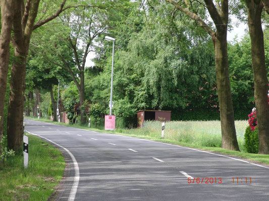 "Bushaltestelle ""Schlüter"" an der L 333 (Felde-Okel)"