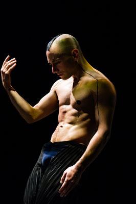photo : Sylvie-Ann Paré | dancer : Manuel Roque