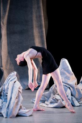 photo : Sylvie-Ann Paré | dancer : Valeria Galluccio