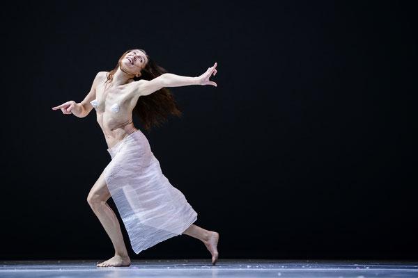photo : Sylvie-Ann Paré | dancer : Carol Prieur