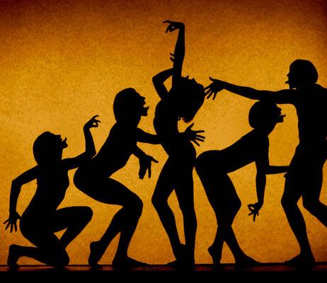 photo : Marie Chouinard | dancers : Carla Maruca, James Viveiros, Carol Prieur, Isabelle Poirier, Julio Cesar Hong