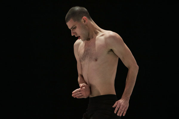 photo : Sylvie-Ann Paré | dancer : Scott McCabe