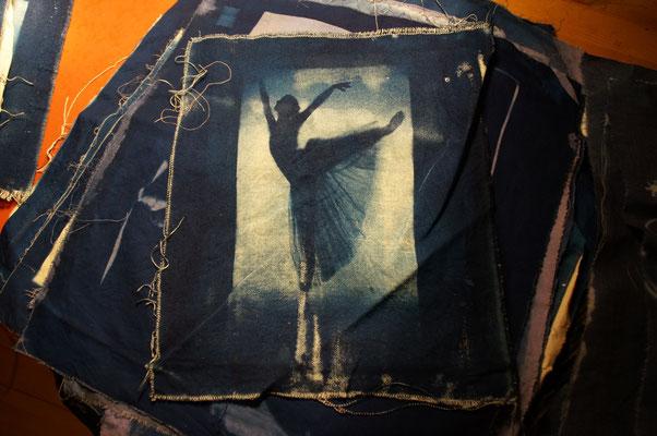 Ballerina, 20x30 cm, Cyanotypie auf Baumwolle, 2013