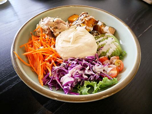 Chicken protein bowl at Kitchen by Food Rebel