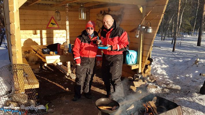 Tagesausflug mit den Schneemobilen zu einem Windschutz