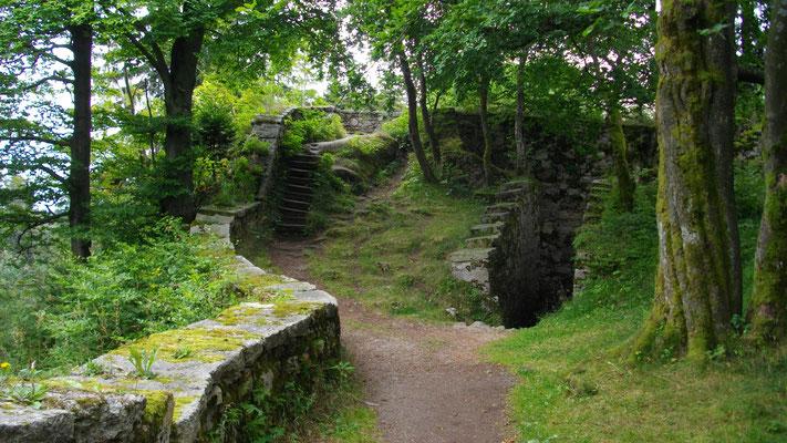 Am Großen Waldstein – Aufgang zum Roten Schloss