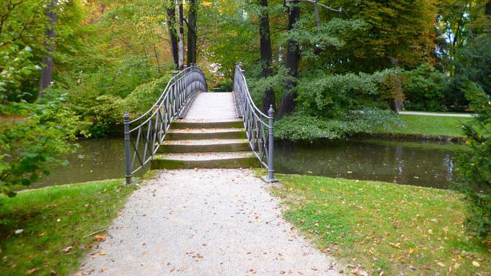 Brücke über den Zierkanal