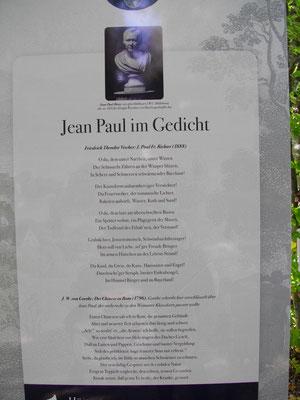 Auf dem Jean-Paul-Weg in Sanspareil – Groß- und Sonderstation 158 »Jean Paul und die Gänsefüßchen«