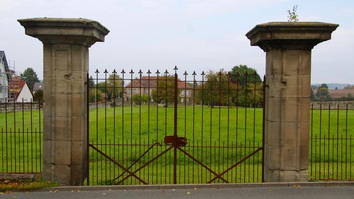 An der Königsallee liegt das Colmdorfer Schlösschen