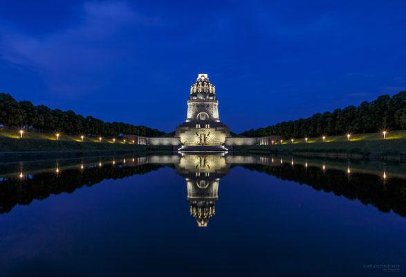 Blaue Stunde am Völkerschlachtdenkmal