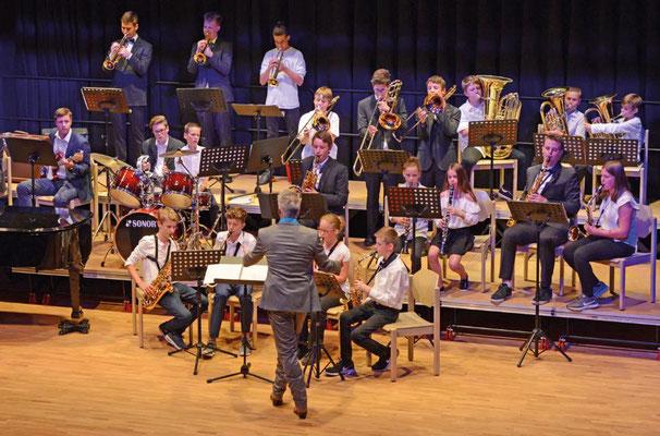 Orchester und Chor: Zuschüsse für Instrumente und Proben