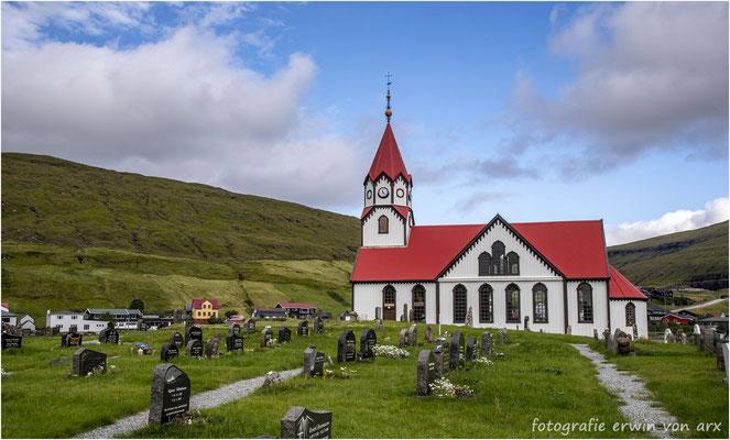 Die Kirche von Sandavágur