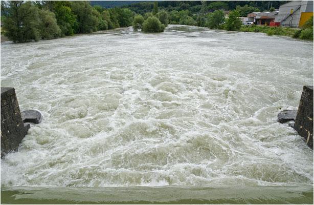 Stauwehr Winznau, Hochwasser