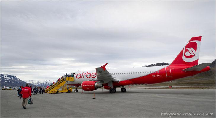 """Nun heisst es """"good bye"""" um 03.30 hebt die Airberlin-Maschine nach Zürich ab...unvergesslich schön wars!"""