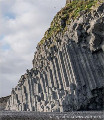 Reynisdrangar, Basaltsäulen