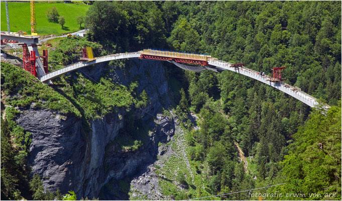Brückenbau über die Taminaschlucht