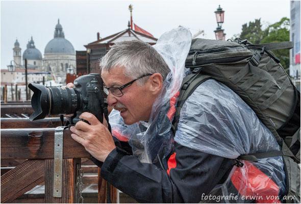 Mein Fotokollege Andi Brunner, der leider viel zu früh verstorben ist (2012)! Aufnahme von Venedig