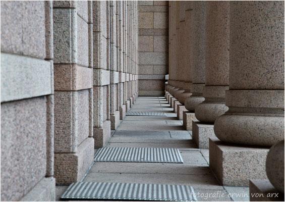 Helsinki, Parlamentsgebäude
