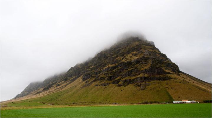 Island, wolkenbehangen