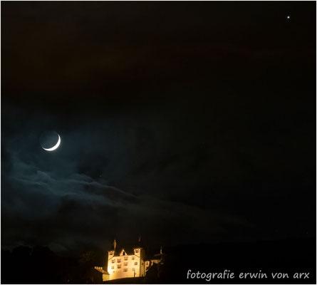 Schloss Wartenfels mit Mond und Venus