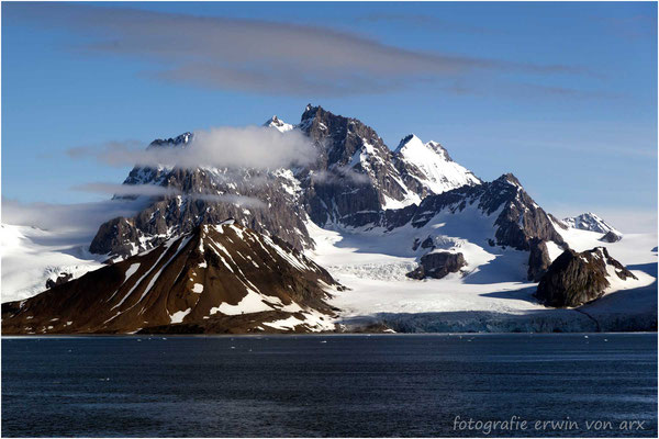 Der Hornsundtind ist mit 1431m der höchste Berg Spitzbergens