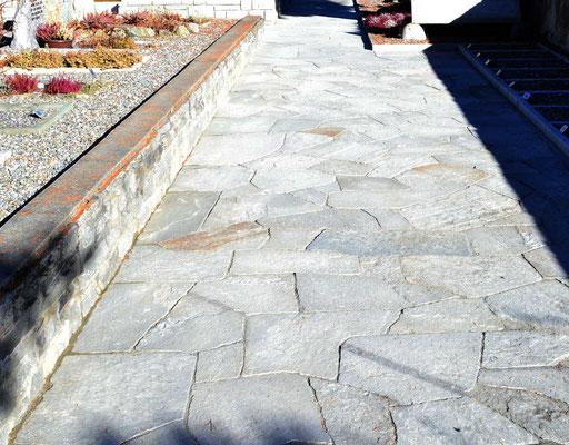 Natursteinplatten in Mosaikform - Soglio Quarzit