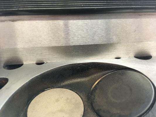 Stegbereich am Zylinderkopf 3 und 4 Zylinder