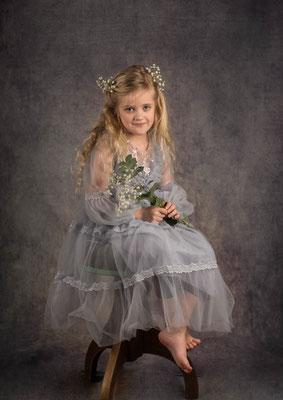 Studiofotografie, fotograaf Hardenberg, moederendochtershoot, fotoshoot met visagie, fotograaf Hardenberg, fotograaf Overijssel